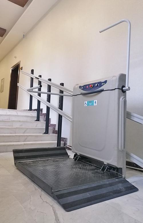 katlanabilir merdiven asansörü